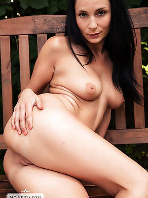 MC-Nudes  Kat  Outdoor, Boobs, Solo, Tits, Legs, Breasts, Erotic, Softcore